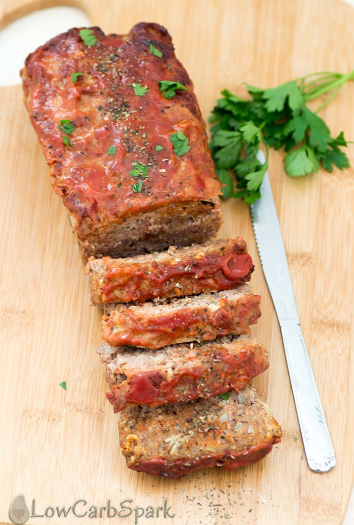 This keto meatloaf recipe is incredibly easy to make, moist and delicious. With just a few ingredients you can make the best keto meatloaf that everyone loves.