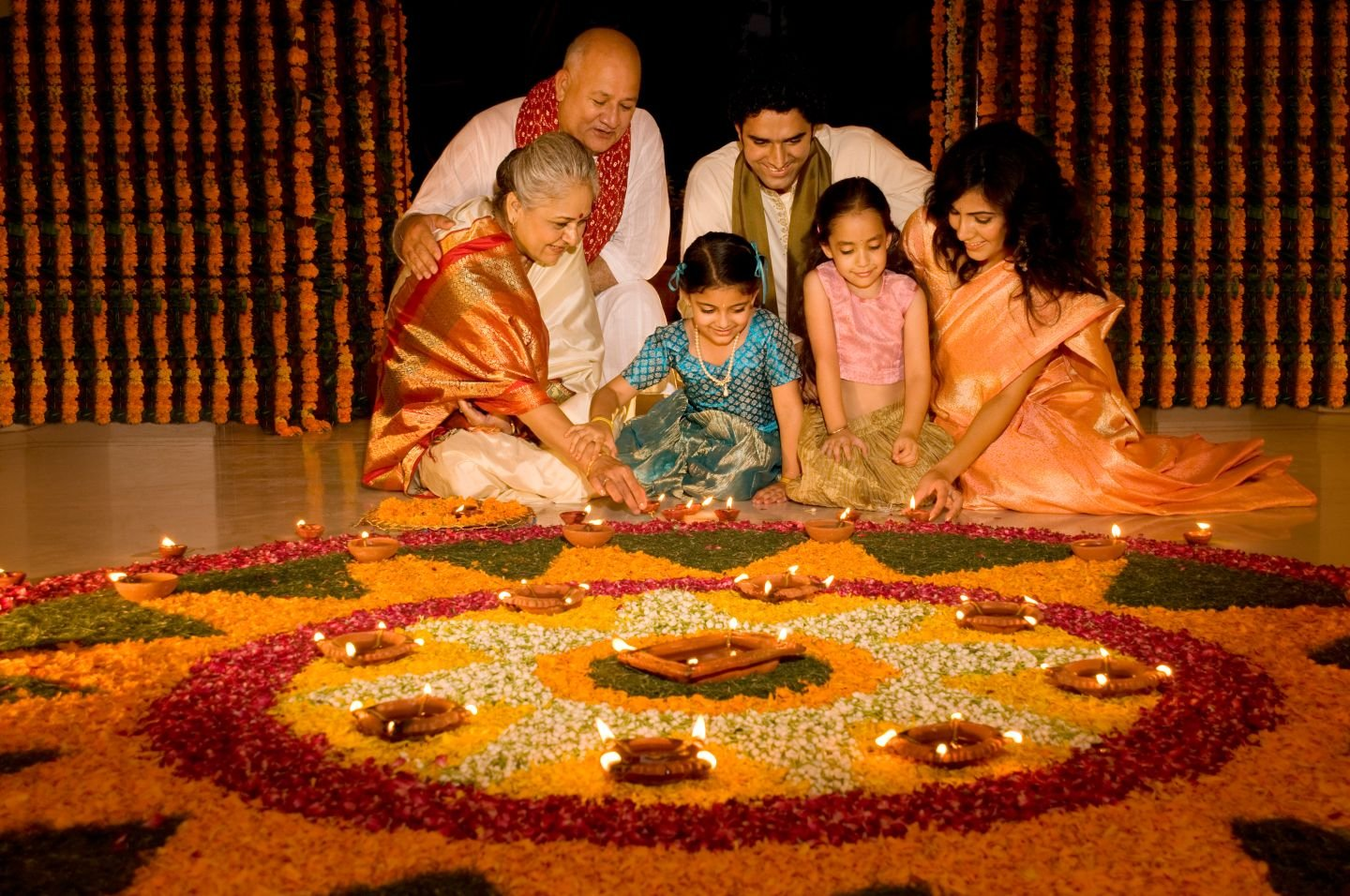 1625967073_133_Essay-On-Indian-Festival-Diwali-For-Students-In-Easy-Words