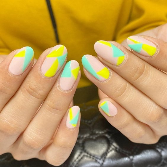 1626681736_53_Amazing-Almond-Nails-The-Healthy-and-Beauty-Life