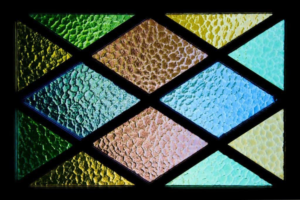 8 Best Ways to Use Stained Glass in Your Interior