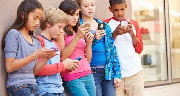 Essay-On-Smartphone-For-Students-In-Easy-Words-8211-Read
