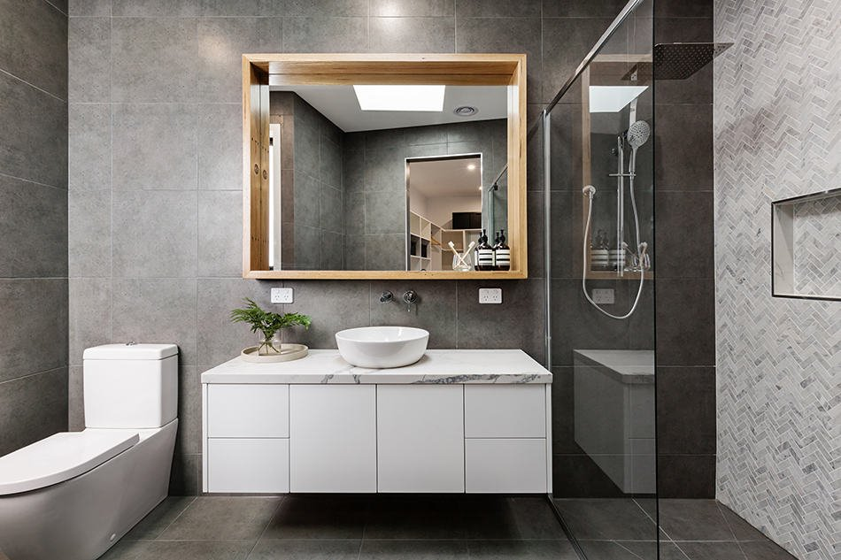 1628180658_95_10-Best-Paint-Color-for-Small-Bathroom-with-No-Windows