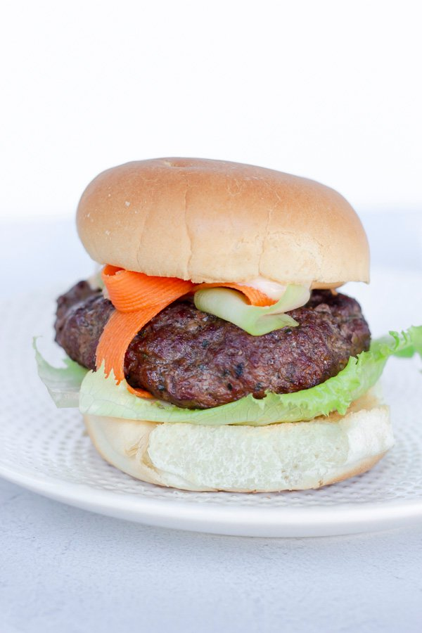 1629015019_131_Spicy-Thai-Burger-with-Sweet-Chili-Mayo-Video