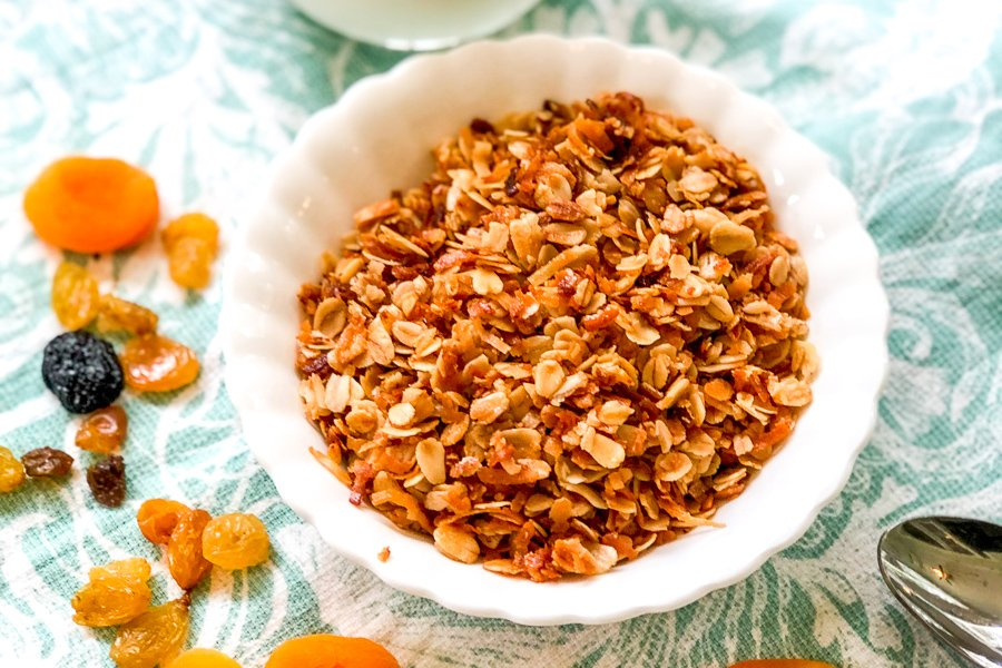 1629015205_648_Sweet-and-Simple-Granola