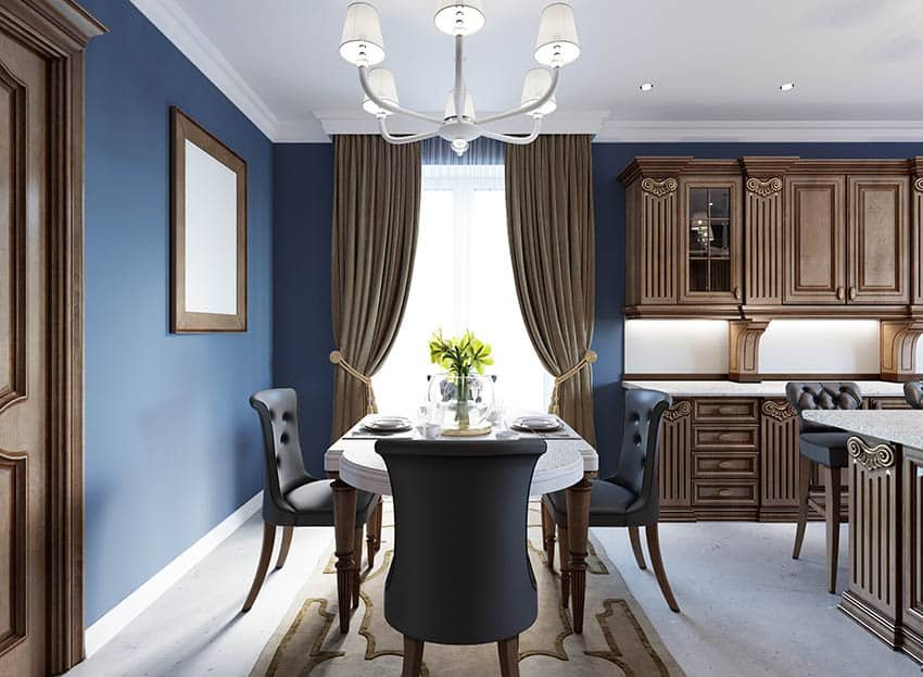 1629913525_58_What-Color-Curtains-Go-with-Blue-Walls