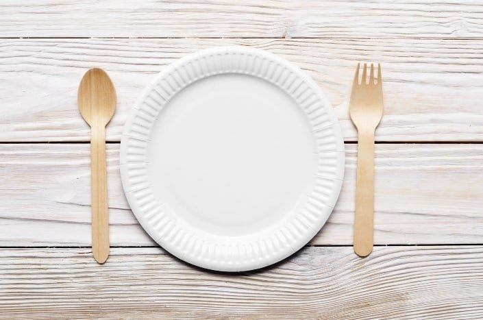 paper plate and wooden cutlery