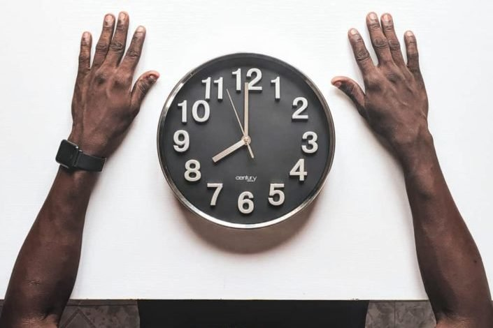 punny one liner jokes - I ate a clock yesterday, it was very time-consuming.