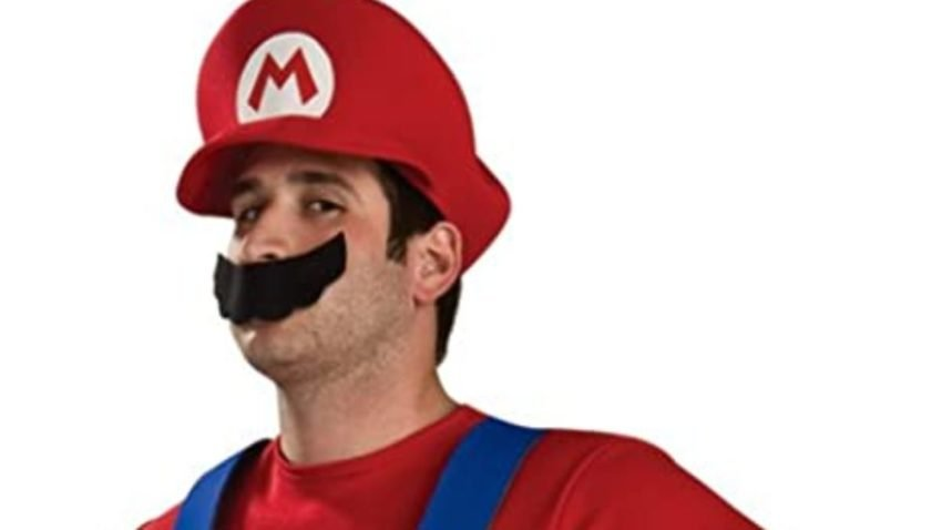 1632582452_244_Best-video-game-Halloween-costumes-2021-Among-Us-Legend