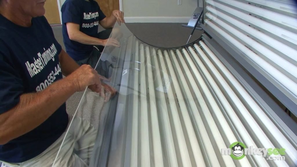 1633193630_379_How-to-Change-Tanning-Bed-Bulbs-in-5-Steps