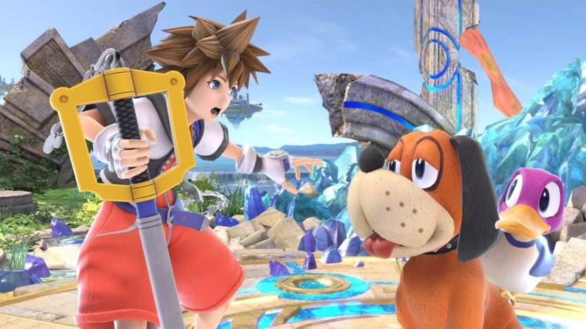 Sora from kingdom hearts stood with Duck Hunt duo