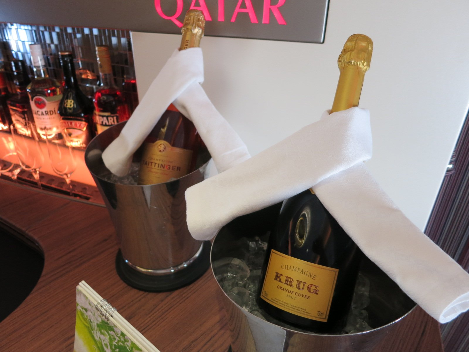 1633788728_0_Should-Airlines-Offer-Paid-Wine-Choices-In-First-Class
