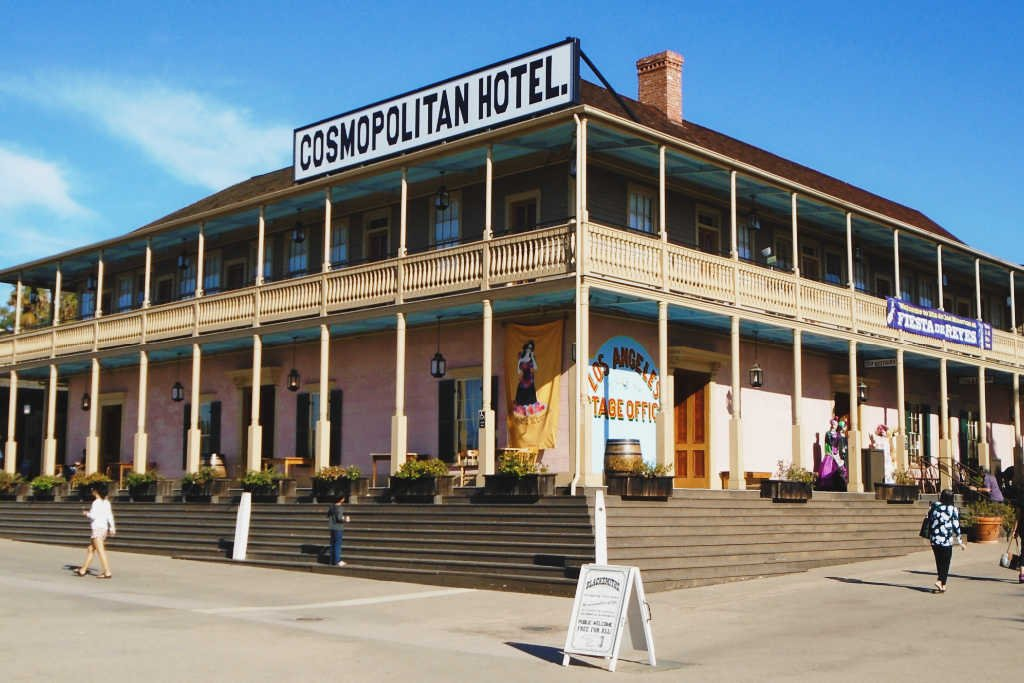 1633900332_912_8-Most-Haunted-Hotels-in-the-US
