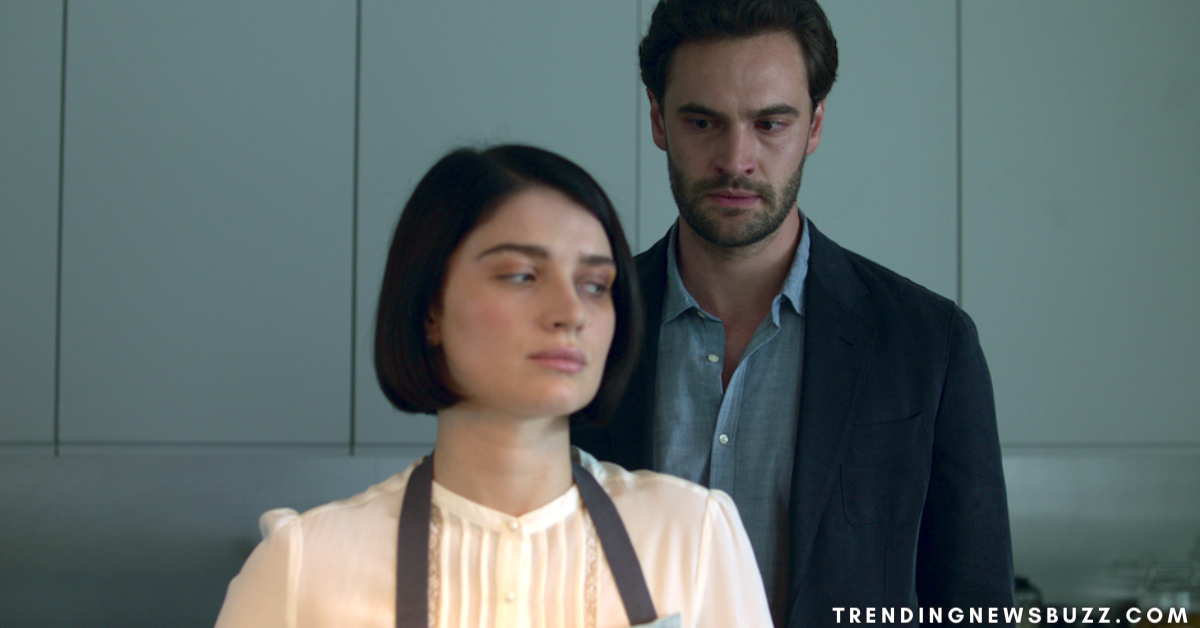 1634038399_330_Netflix-Behind-Her-Eyes-Is-Streaming-Now