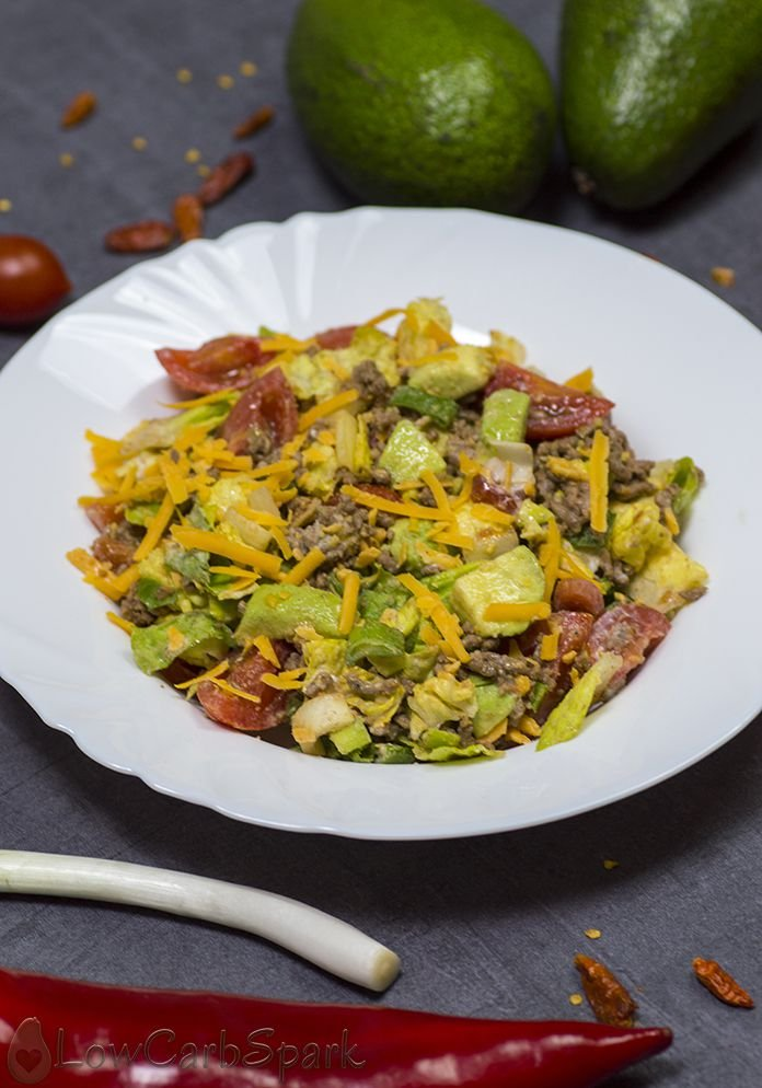how to make easy keto taco salad with just a few ingredients
